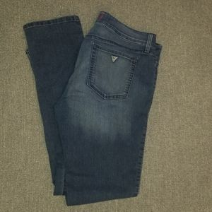 Guess Jean's womens 32